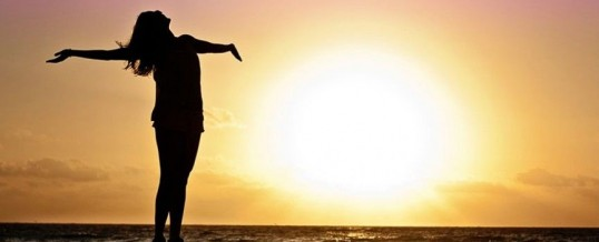 Améliorer sa confiance en soi en modifiant sa posture : les 5 gestes et attitudes qui font la différence