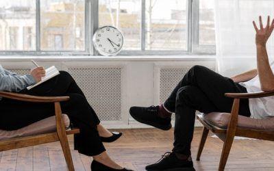 Hypnose conversationnelle : un art rhétorique insoupçonné et puissant