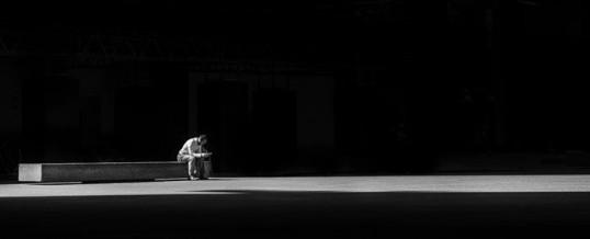Phobie de la solitude : tout ce qu'il y a à savoir sur le sujet