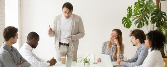 Jalousie au travail : un fléau que l'on peut combattre