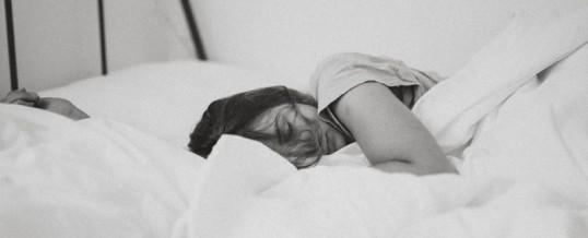 Hypnose anti-insomnie : pour de meilleures nuits de sommeil
