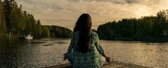 Apprendre à méditer seul ou en groupe, quels en sont les bienfaits?