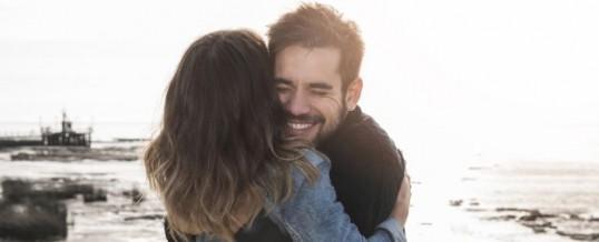 Couple fusionnel : est-ce que trop d'amour tue-t-il l'amour ?