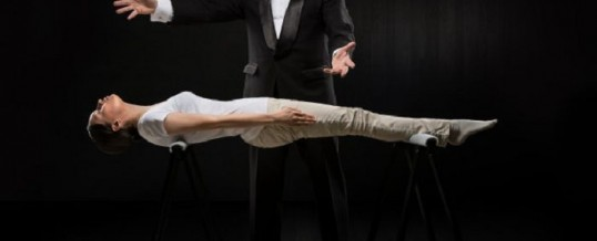 Hypnose de spectacle — quelle différence avec l'hypnothérapie?